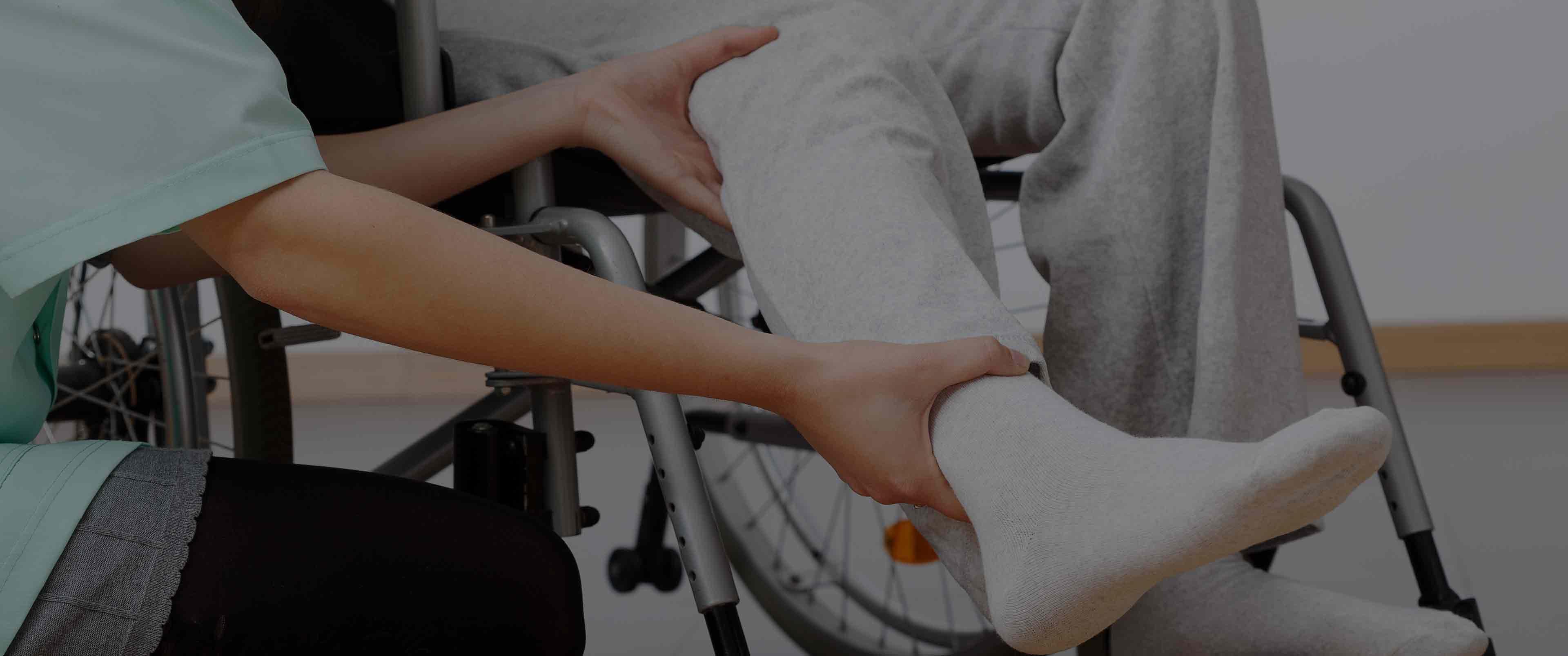 فیزیوتراپی بیمار سرطانی در منزل